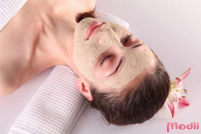 Робимо маски для обличчя в домашніх умовах