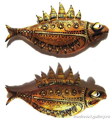 Фігурки риб - розпис фарбами і гелевою ручкою