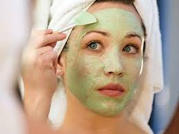 Як правильно робити косметичні маски для обличчя