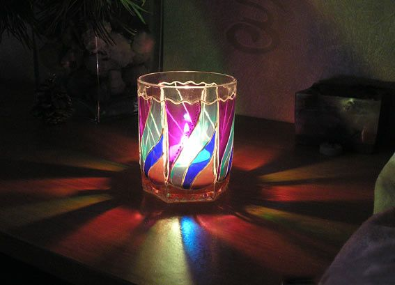 Як розписати свічник вітражними фарбами - майстер-клас