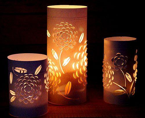 Як зробити свічник з паперу та склянок