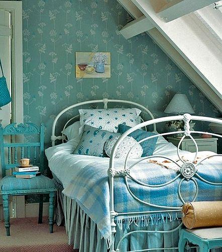 Топ 9 - найкрасивіші спальні в блакитному кольорі